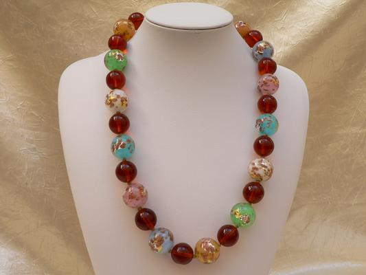 collier avec perles multicolore